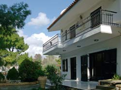 villa to rent near Athens Greece